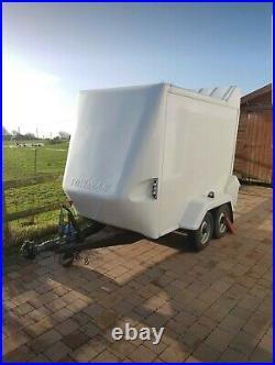 Box Trailer Tow a Van