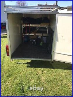 Box trailer single axle