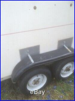 Box trailer tow a van size 8 L x 5 W x 6 H