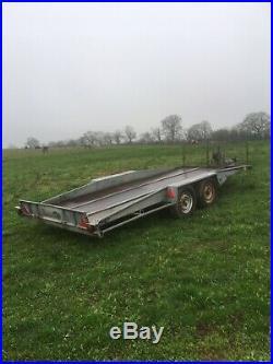 Car transport tilt trailer