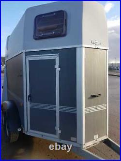Humbaur Rapid Horse Box Trailer Amazing Condition