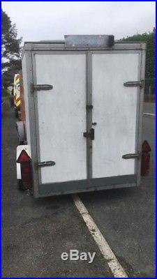 Tow A Van Box Trailer