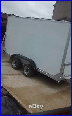 Twin axle box van trailer